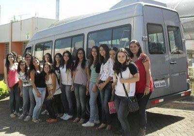Locação de vans para estudantes