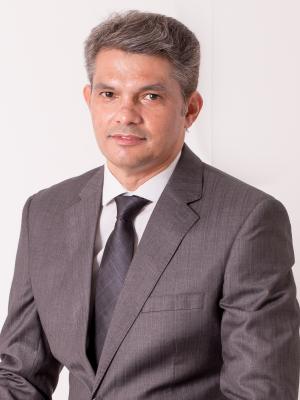 Dr Janes Castro